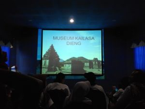 ruang-pemutaran-film-museum-kailasa